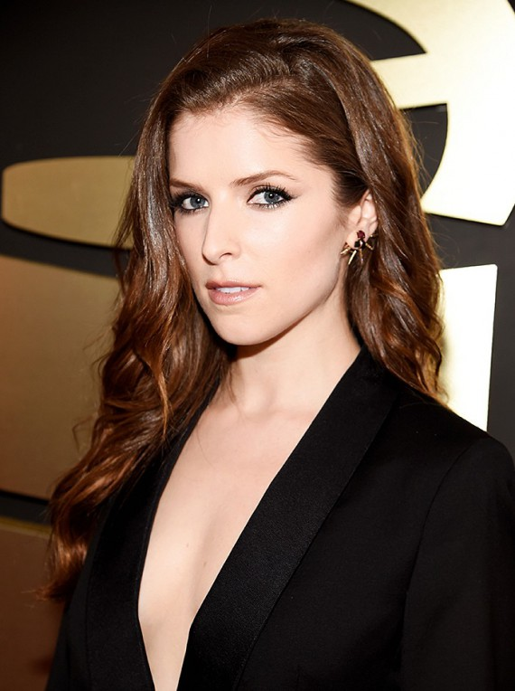 Anna Kendrick, is that you?! I've never seen her look better. An exaggerated side part and loose waves needs to be the look she rocks every award show. A sleek winged eyeliner added just enough to her menswear inspired look.
